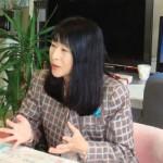 保育パワーアップ研究会の活動について話す安梅 勅江教授。2008 年5 月14日、筑波大学( 茨城県つくば市)にて。