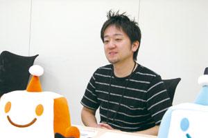 企画を担当し、もうじき4 年を迎える平野さん。キャラクター「ちょボット」と一緒に