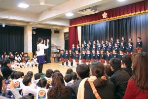 子どもたちの表情や動きから目が離せない 表現する喜び溢れた発表会(サブ1)